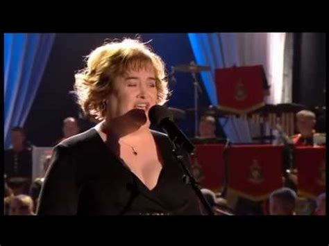 Mull Of Kintyre- Susan Boyle- Windsor Pageant 2012 - YouTube
