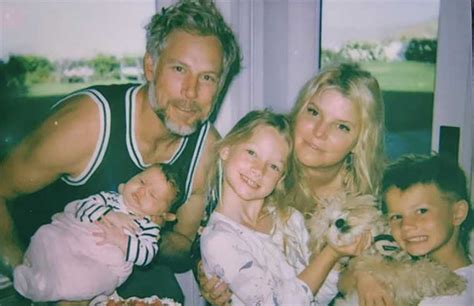 Jessica Simpson shares adorable photo of son Ace holding