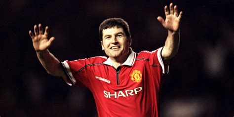 WATCH: The Denis Irwin tribute that proves he was arguably
