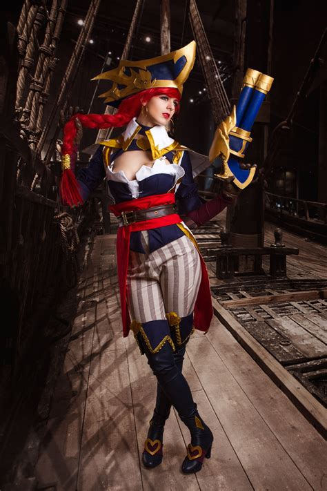 Captain Fortune 1 · Juby Headshot · Online Store Powered