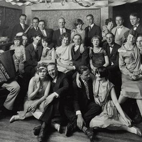 Vintage Photographs of New Year's Eve in America From 1920