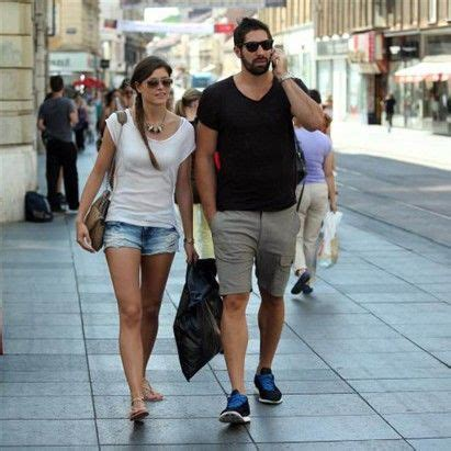 Pin on FC Barcelona WAGs